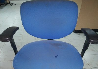 Rolling-Chairs-Shampoo-washing-Cleaning-Services-3