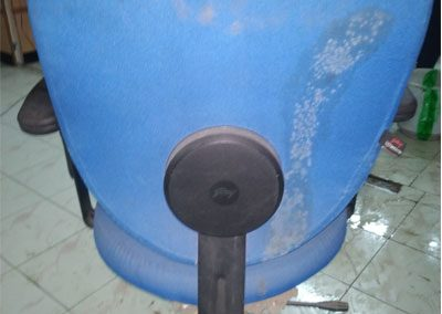 Rolling-Chairs-Shampoo-washing-Cleaning-Services-4