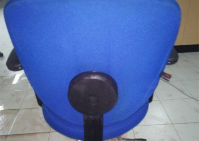Rolling-Chairs-Shampoo-washing-Cleaning-Services-5