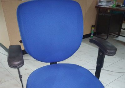 Rolling-Chairs-Shampoo-washing-Cleaning-Services-6