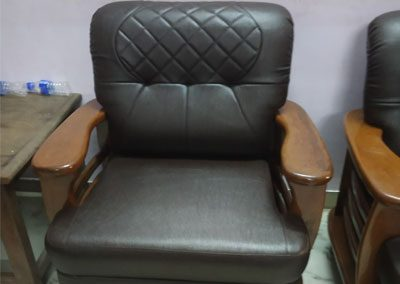 Rolling-chairs-re-upholstery-services-gallery-11