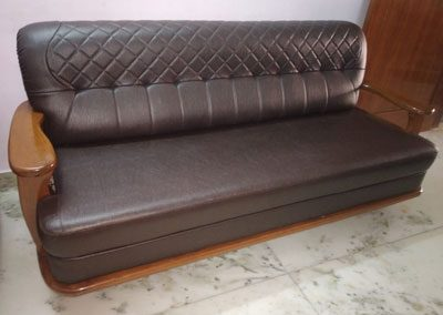 Rolling-chairs-re-upholstery-services-gallery-9
